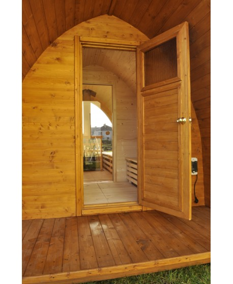 Sauna jardin extérieur avec fenêtre panoramique